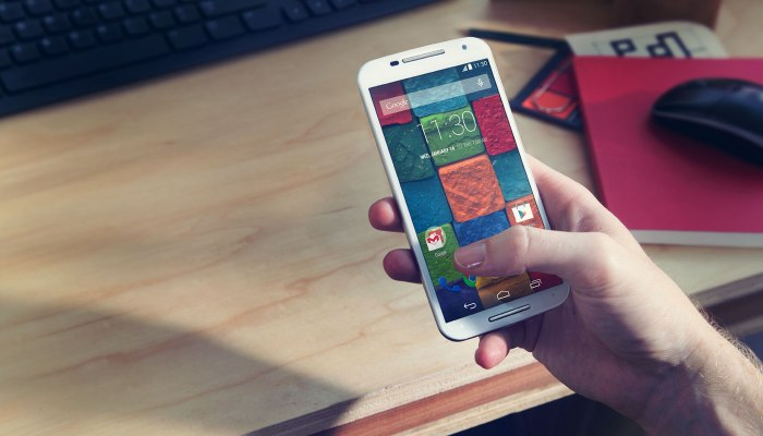 First-Gen-Motorola-Moto-X-Finally-Getting-Android-5-0-2-Lollipop-Update-475881-2